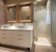 Frameless Showers 4