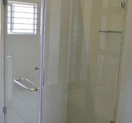 Frameless Showers 7