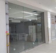 Frameless Shopfronts 1