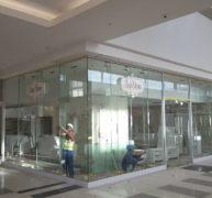 Frameless Shopfronts 2