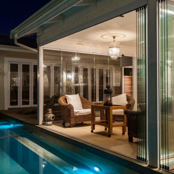 Sunflex Frameless Doors