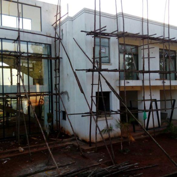 Comas Elothu – Kampala, Uganda