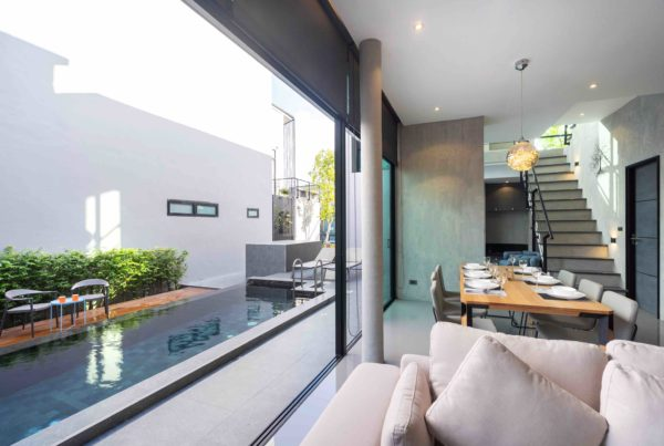 Frameless Stacking Doors vs Aluminium Sliding Doors_ Pro Opinion
