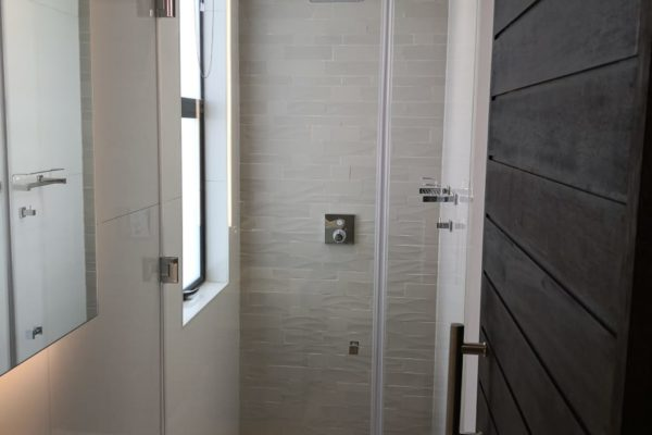 Frameless Shower Door 02